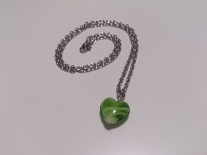 Halsband glashjärta
